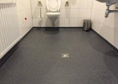 Troffelvloer sanitaire ruimte Nijmegen