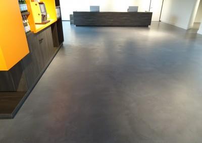 Cem Colori woonbeton in showroom van QDOC Eindhoven